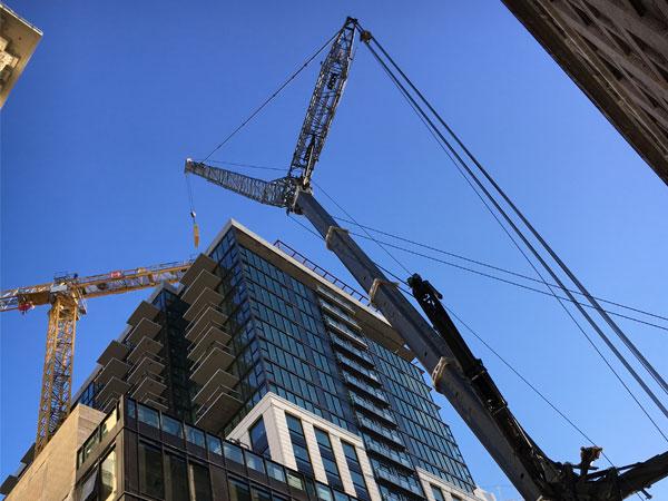 Grove 7550 Taking Down Tower Crane